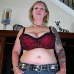Femme célibataire veut rencontrer un mec pour un bon feeling pour aller plus loin !