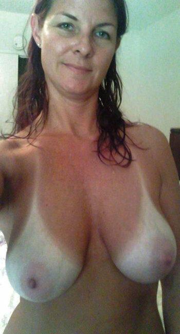 Grosse infirmière nue cherche partenaire pour rencontre sexe