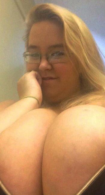Infirmière ronde cherche mec coquin pour du sexe hard
